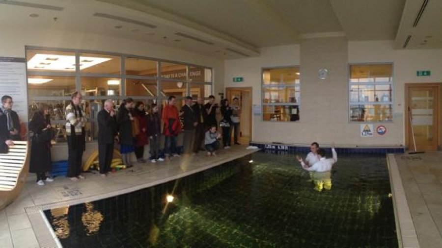 Przygotowanie osoby zainteresowanej do chrztu mormońskiego